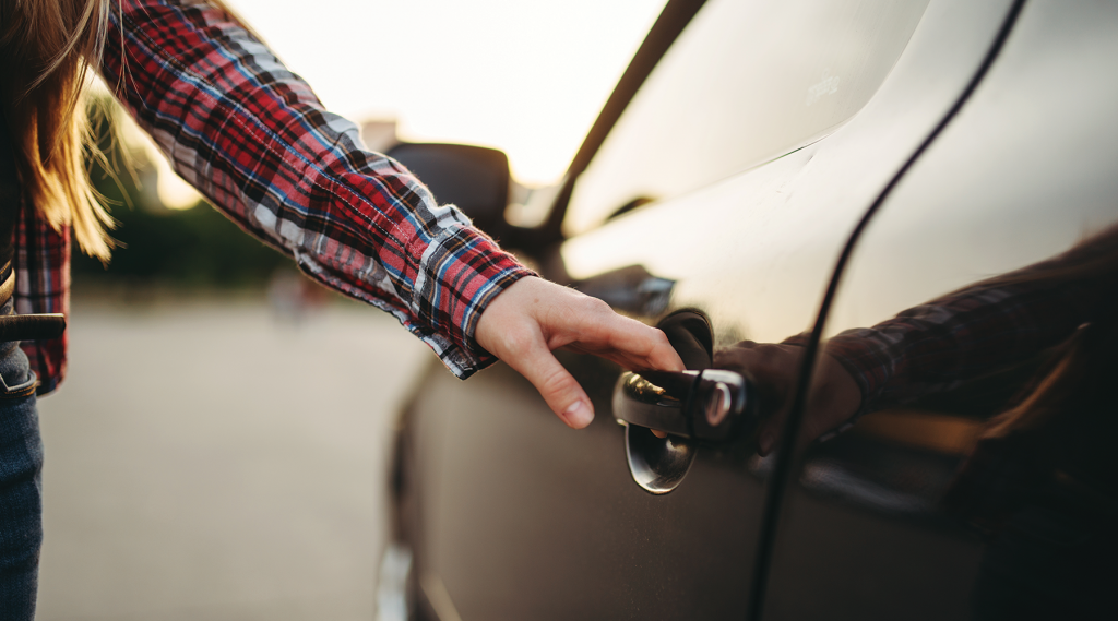 Apple CarKey to Enable Your iPhone to Unlock and Start Your Car